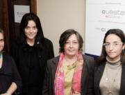 Algunos de los asistentes a la primera transferencia, en la gestoría Cuesta de Oviedo.